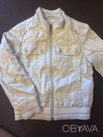 Лёгкая курточка Geox для девочки, на 4 года. очень стильная. В реале на солнце б. Бровары, Киевская область. фото 1