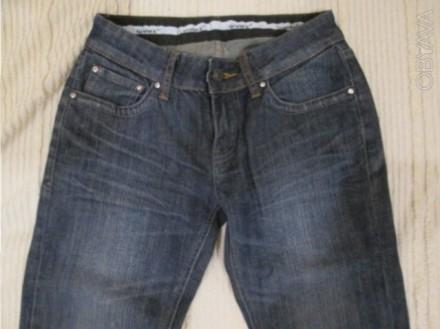 джинсы подростковые,в идеальном состоянии,уже подшиты,темно синего цвета ближе к. Полтава, Полтавська область. фото 1