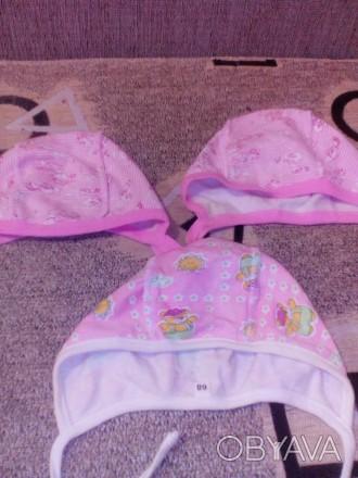 Набор шапочек с начесом,подойдут на девочку от 0 до 3 месяцев.Цена указана за 3 . Бровары, Киевская область. фото 1