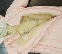 Нежно-розовый конверт для девочки, с рукавами, на овчине. Мелитополь, Запорожская область. фото 3
