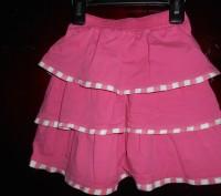 Розовая в оборку юбка,на 4 года ,в отличном состоянии,куплена в США замеры:длин. Киев, Киевская область. фото 3