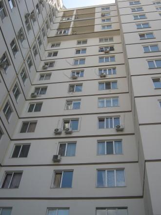 Квартира в новом доме на шестом этаже шестнадцати этажного дома Квартира чистая . Приморский, Одесса, Одесская область. фото 10
