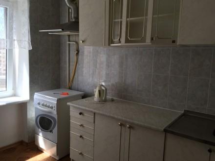 Сдам 2 комнатную-В Высотном доме Малиновского 16 - Гайдара комнаты раздельные,. Малиновский, Одесса, Одесская область. фото 2