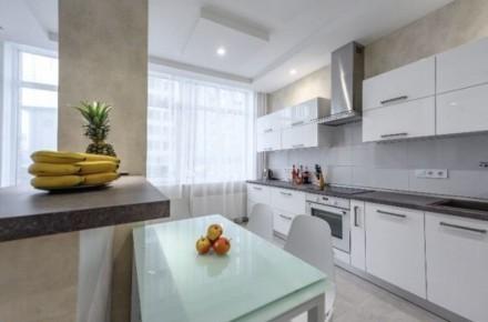 Сдам апартаменты в Аркадии. Две раздельные спальни, плюс просторная кухня студия. Приморский, Одесса, Одесская область. фото 5