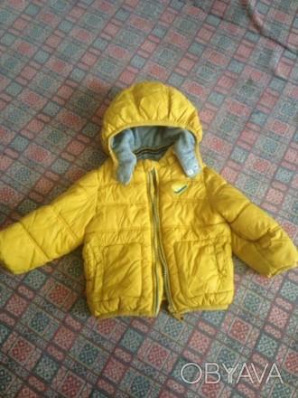 Зимняя курточка в хорошем состоянии.Размер 74 см.,12 месяцев..После 20:00-можно . Гребенка, Полтавская область. фото 1