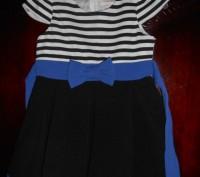 1) коралловое платье на 4-5 лет,с черным воротничком,на спинке застежка,в боково. Киев, Киевская область. фото 4