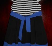 1) коралловое платье на 4-5 лет,с черным воротничком,на спинке застежка,в боково. Киев, Киевская область. фото 5