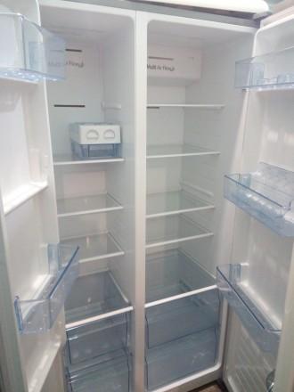 Холодильник Hisense SBS518A+EL side-by-side из Германии внутри состояние нового.. Чернигов, Черниговская область. фото 3