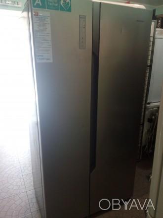 Холодильник Hisense SBS518A+EL side-by-side из Германии внутри состояние нового.. Чернигов, Черниговская область. фото 1