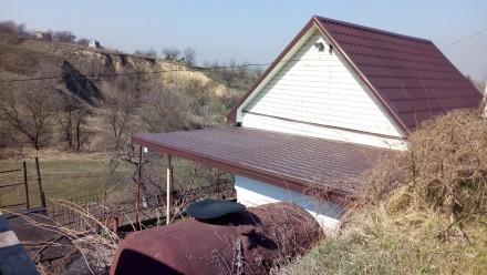 Большой двор,во дворе 3 хоз.постройки,туалет и беседка. 5 лет назад был выполнен. Таромское, Днепропетровская область. фото 2