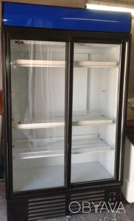 Шкафы холодильные, витрины, лари морозильные.