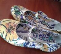 Туфли шикарные.очень красивой необычной расцветки,в реале более насыщенный цвет(. Каменское, Днепропетровская область. фото 6
