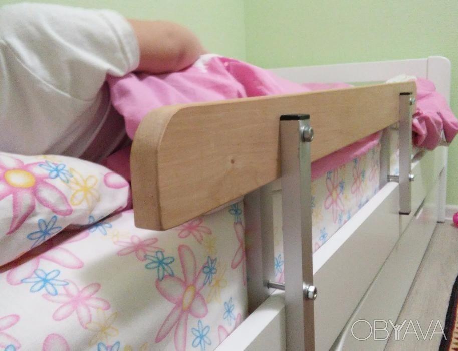 Бортик от падения на детскую кровать своими руками 667