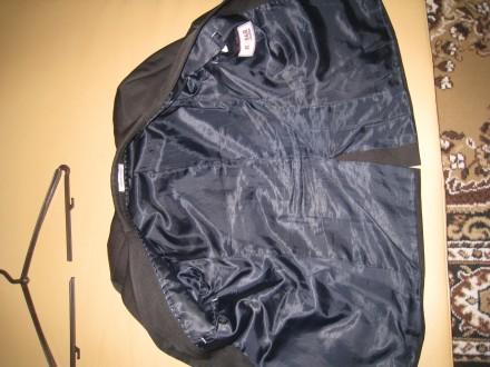 Пиджак школьный на мальчика ростом 130-145см. Цвет черно-серый, его хорошо видно. Полтава, Полтавская область. фото 4