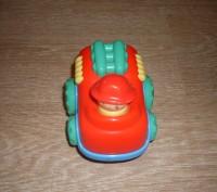 Игрушка-неваляшка, сделана в необычной форме- машинке. Такой игрушкой увлечется. Полтава, Полтавська область. фото 5