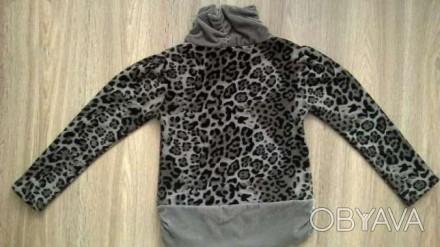 Продам толстовку свитер на девочку 7-9 лет в хорошем состоянии,60/40 хб/полиэсте. Полтава, Полтавская область. фото 1