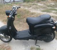 Продам мотороллер Yamaxa Vino SA10J цвет черный в очень хорошем состоянии!. Киев. фото 1