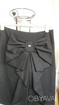 Продам юбку черного цвета 48 размера. Цвет чернее, чем на фото. Юбка без пояса, . Киев, Киевская область. фото 1