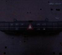 продам блок панель переключения аварийки на мерседес вито оригинал.. Чернигов, Черниговская область. фото 3