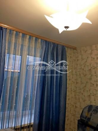 … 3 комнатная квартира по ул. 1 Мая (р-н Голливуда), общей площадью 66м2, кухня . Рокоссовского, Чернигов, Черниговская область. фото 9