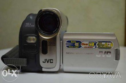 """Видеокамера """"JVC D 53"""" (б/у,цифр.,miniDV, 0,8 Мп, хор. качество съемки, полный к. Сумы, Сумская область. фото 1"""