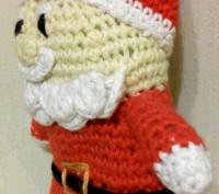 Дед Мороз,связанный крючком из хлопка-прекрасный подарок к Новому Году,длина-15с. Черкаси, Черкаська область. фото 3