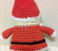 Дед Мороз,связанный крючком из хлопка-прекрасный подарок к Новому Году,длина-15с. Черкаси, Черкаська область. фото 4