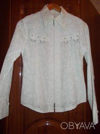 Красивая нарядная белая блуза для девочки 11-14 лет,украшена блестящими точками.. Полтава, Полтавская область. фото 1