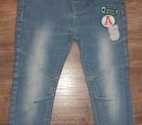 Модные джинсовые узкачи для мальчика.Боковой шов-47 см,внутренний-30 см.В компле. Полтава, Полтавская область. фото 2