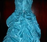 нарядное голубое платье в пол,на8 лет,на подкладке,по спинке молния,по бокам утя. Киев, Киевская область. фото 2