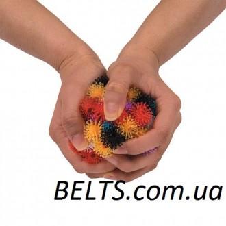 """Конструктор """"Пушистый шарик"""" является маленькими разноцветными шариками-липучк. Киев, Киевская область. фото 4"""