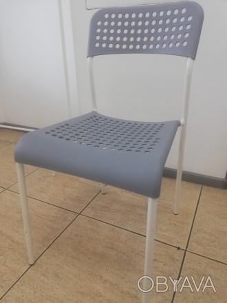 Пропонуємо вам: стілець офісний зроблений і завезений з Чехії IKEA: Характерист. Киев, Киевская область. фото 1