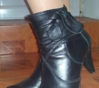 Демисезонные кожаные ботиночки/полусапожки, стелька около 25 см.. Киев. фото 1