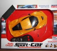 Машинка на р/у, резиновые колеса, гоночная 1:24, размер машинки 19 х 8 см. Миргород. фото 1
