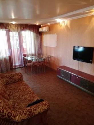 Сдаётся на долгий срок трёхкомнатная квартира в Металлургическом районе, по улиц. Дзержинский, Кривой Рог, Днепропетровская область. фото 6