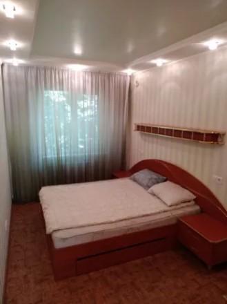 Сдаётся на долгий срок трёхкомнатная квартира в Металлургическом районе, по улиц. Дзержинский, Кривой Рог, Днепропетровская область. фото 3