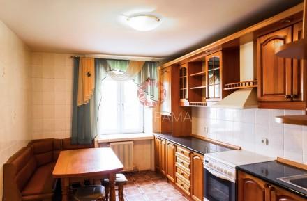 В продаже эксклюзивная квартира общей площадью 94 м2 в престижном доме, располож. Площадь (Драмтеатр), Чернигов, Черниговская область. фото 9
