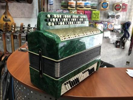Количество кнопок правой клавиатуры(голоса): 3 ряда, 52 шт Количество кнопок лев. Чернигов, Черниговская область. фото 6