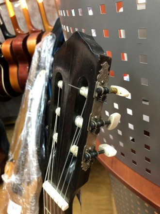 Производитель: ГДР Количество Струн: 6 струн Тип Инструмента: Классическая Г. Чернигов, Черниговская область. фото 7