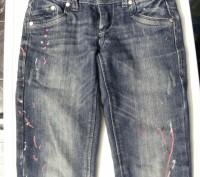 фирменные джинсы,состояние очень хорошее,стильной расцветки,зауженные,стильный п. Київ, Київська область. фото 2
