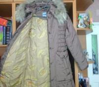 Пальто на синтепоне на девочку 10 - 12 лет теплое, удобное, красивое. В хорошем . Житомир, Житомирская область. фото 4