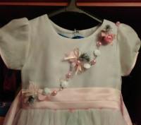 Праздничное платье на девочку, красивые узоры, стильное платье, удобное. Продажа. Житомир, Житомирская область. фото 3