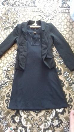 Школьная форма на девочку: пиджак и платье. Форма в хорошем состоянии, красивая,. Житомир, Житомирская область. фото 1