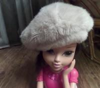 Красивый теплый берет для девочки. Новый, так и не успели поносить. 100% полиэст. Житомир, Житомирская область. фото 4
