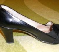Продам кожаные туфли.Полный 41 размер .Размер стельки 26.5. Подарили на ДР. Каб. Бердичев, Житомирская область. фото 3