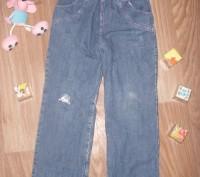 Теплые джинсы на 5-6 лет Фирма Глория Джинс Все в хорошем состоянии кроме КОЛЕНО. Киев, Киевская область. фото 3