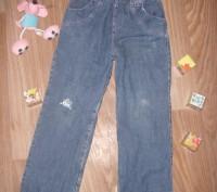 Теплые джинсы на 5-6 лет Фирма Глория Джинс Все в хорошем состоянии кроме КОЛЕНО. Киев, Киевская область. фото 2