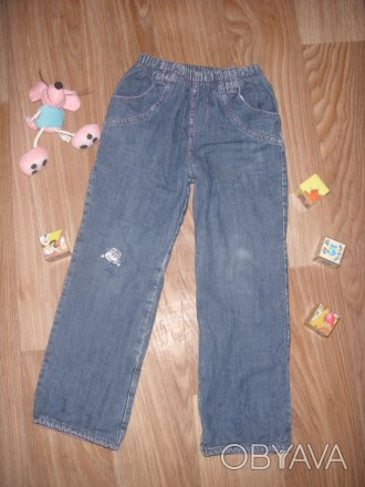 Теплые джинсы на 5-6 лет Фирма Глория Джинс Все в хорошем состоянии кроме КОЛЕНО. Киев, Киевская область. фото 1
