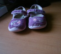 Туфли для девочки ,размер 27, длина стельки 17,5 см, текстиль- вельвет, застежка. Полтава, Полтавская область. фото 3