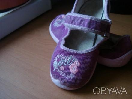 Туфли для девочки ,размер 27, длина стельки 17,5 см, текстиль- вельвет, застежка. Полтава, Полтавская область. фото 1